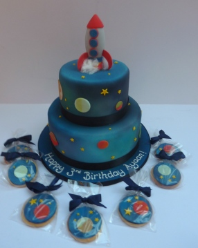 Rocket and Space Cake with biscuits